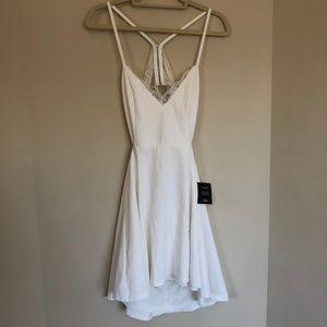 NWT LUSH Lulu's White Bridal Dress Large Racerback